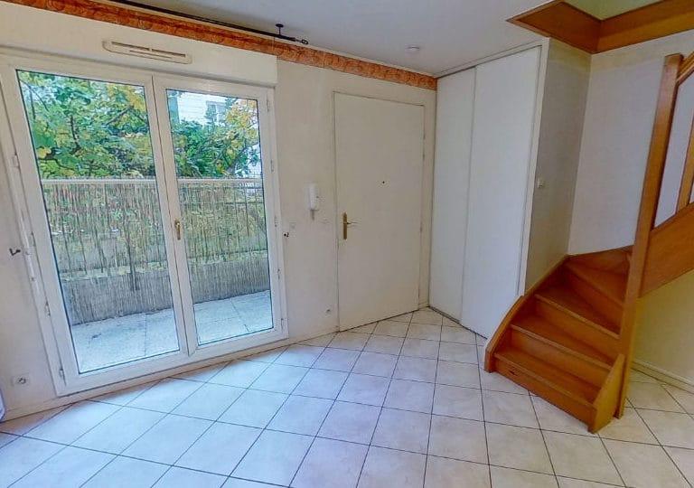 agence immo alfortville: appartement 2 pièces 40 m², séjour avec belle terrasse