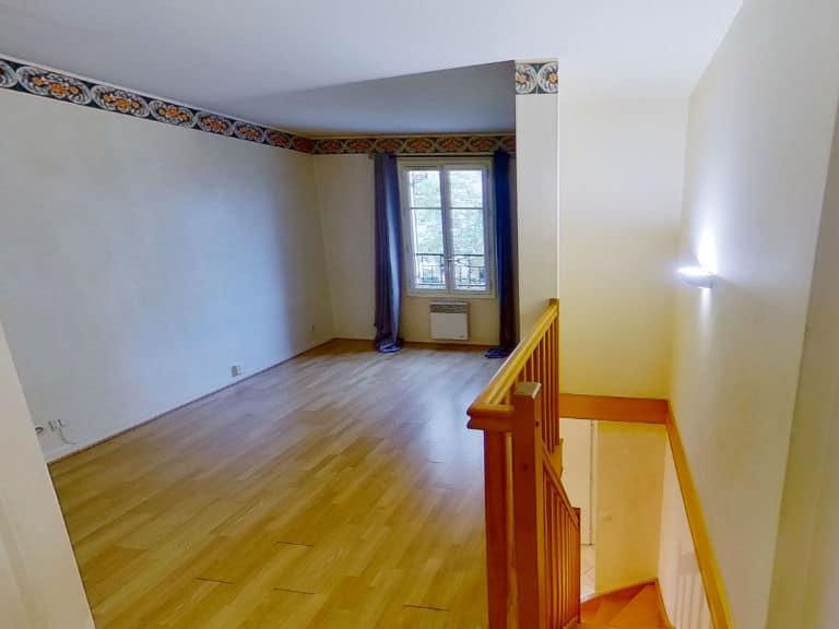 l'adresse alfortville: appartement 2 pièces 40 m², belle chambre à coucher à létage