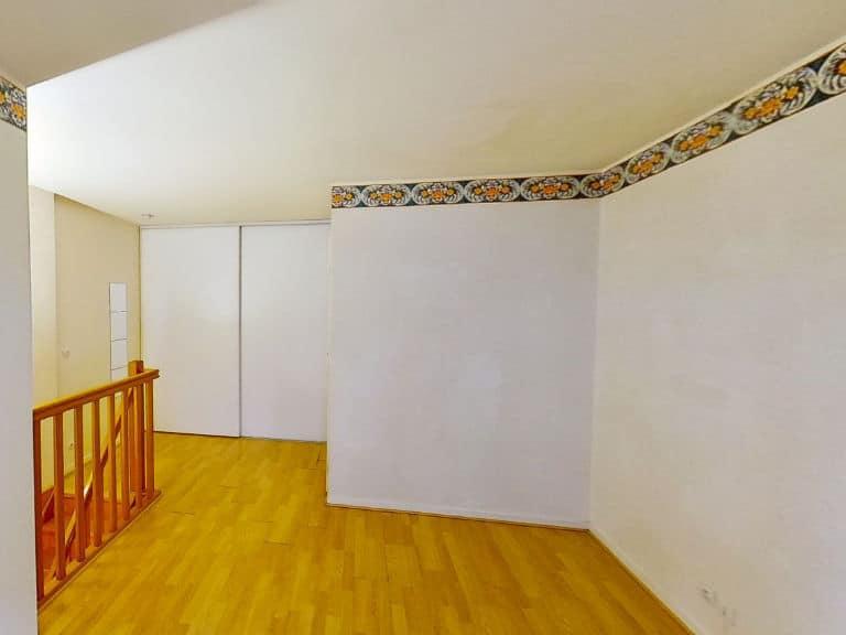 direct immobilier alfortville: 2 pièces 40 m² en duplex,  accès chambre et salle d'eau