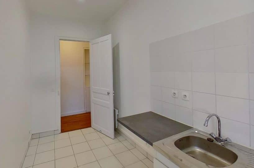 location appartement pas cher val de marne: studio 24 m², cuisine indépendante, petit plan de travail