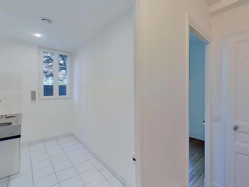 location appartement 94: studio 24 m², cuisine indépendante, lumineuse