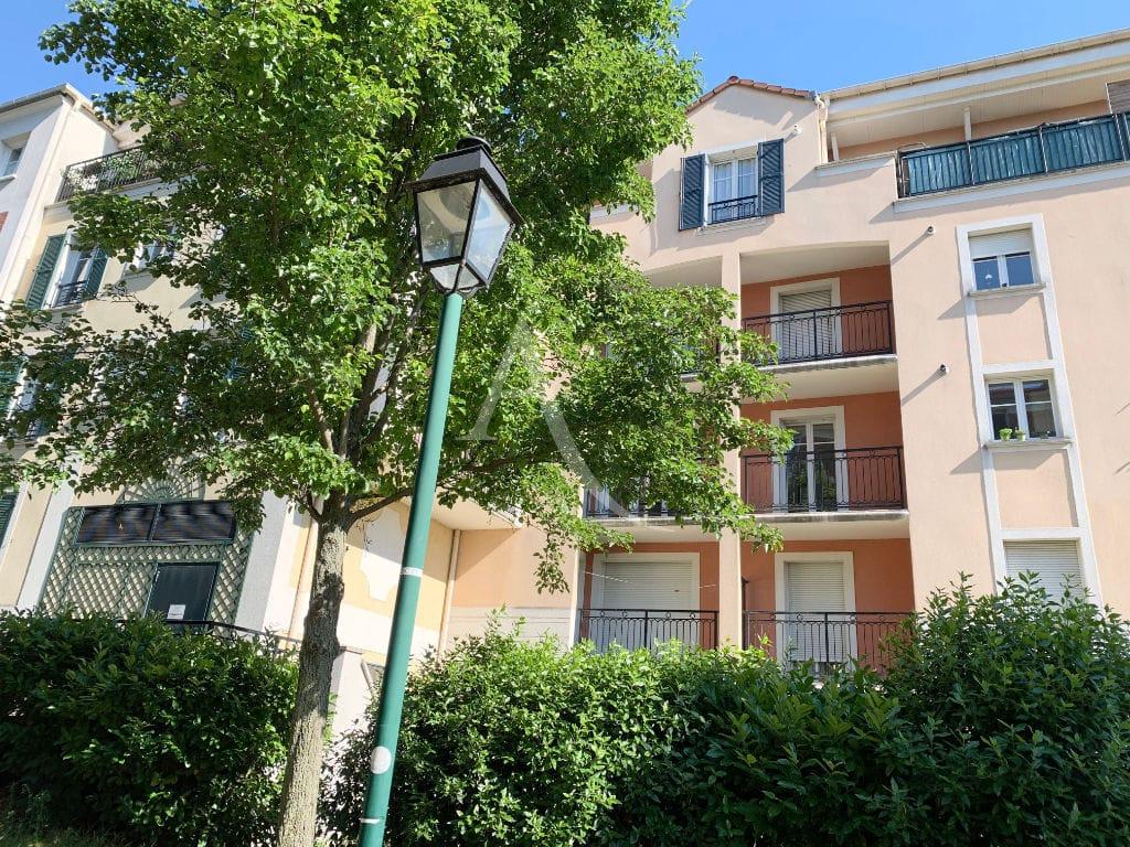 agence immobiliere alfortville - appartement 3 pièces 57 m² avec jardin, façade de la résidence