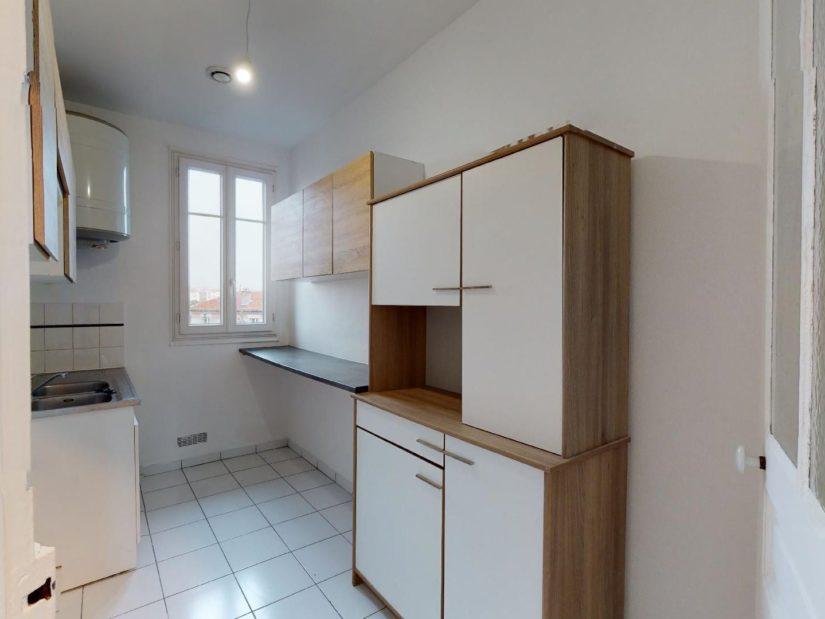 appartement a louer a maisons alfort: 3 pièces 51 m², cuisine inépendante aménagée