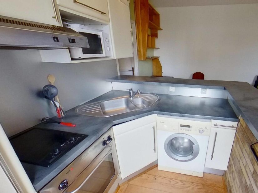 direct immobilier alfortville: 2 pièces, cuisine équipée: lave linge, plaques, four...