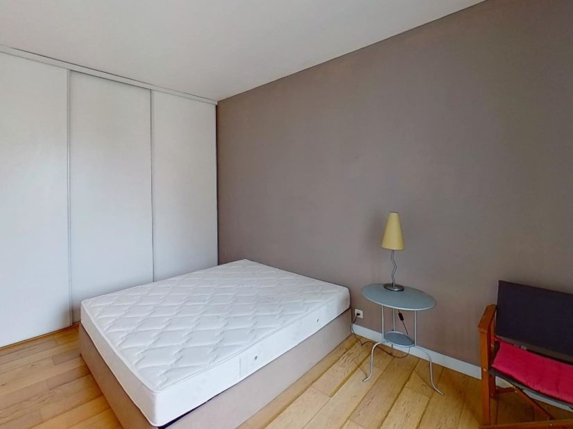 alfortville immobilier: 2 pièces meublé 45 m², chambre meublée, avec placard encastré