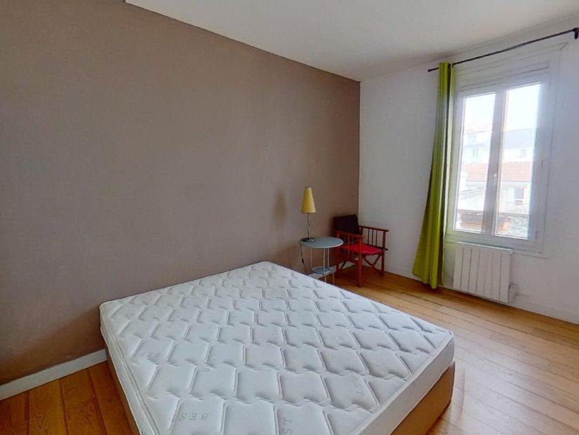 agence immobilière 94:  2 pièces 45 m², chambre lumineuse, fenêtre en double vitrage