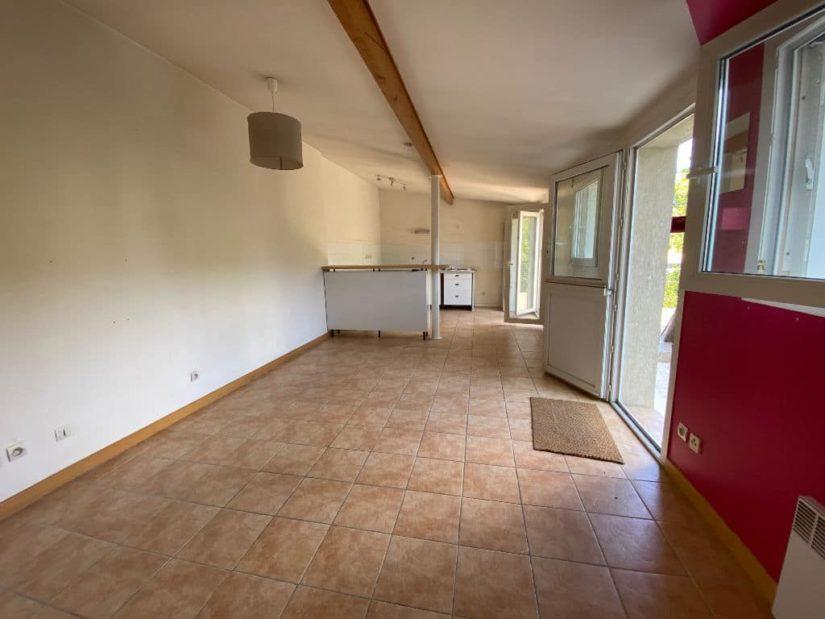 site vente appartement: appartement et bureau 7 pièces 128 m², aperçu de l'espace bureau de 53 m²