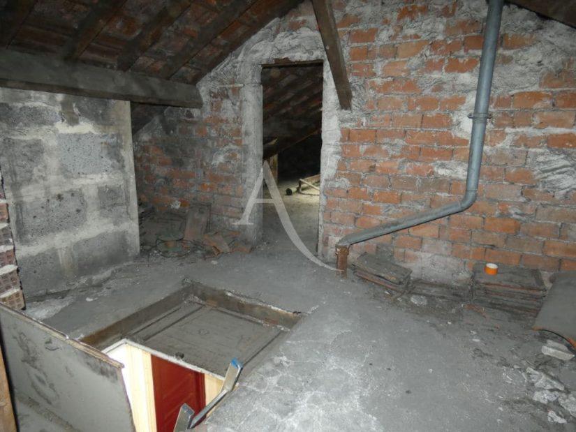 agence alfortville: vente studio 24 m²,, trappe pour accès au studio,ouverture sur pièce