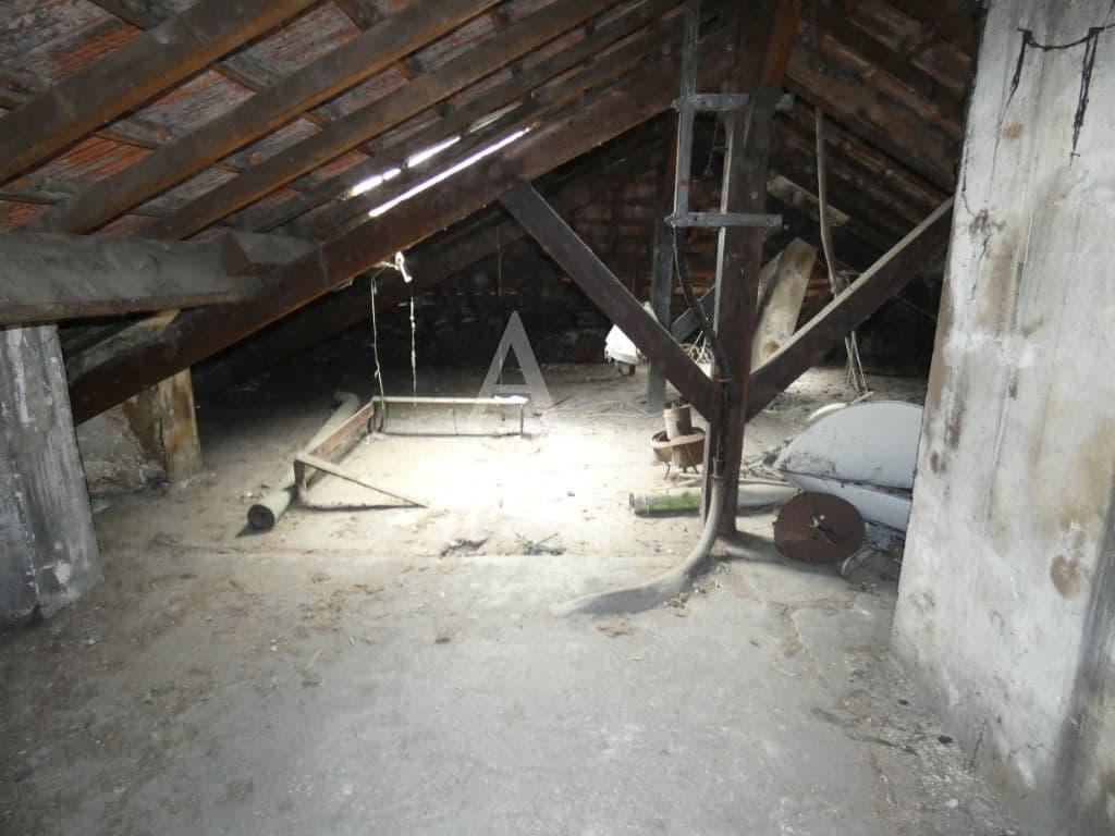 agence immobilière 94: vente studio 24 m², aménagement des combles 60 m²