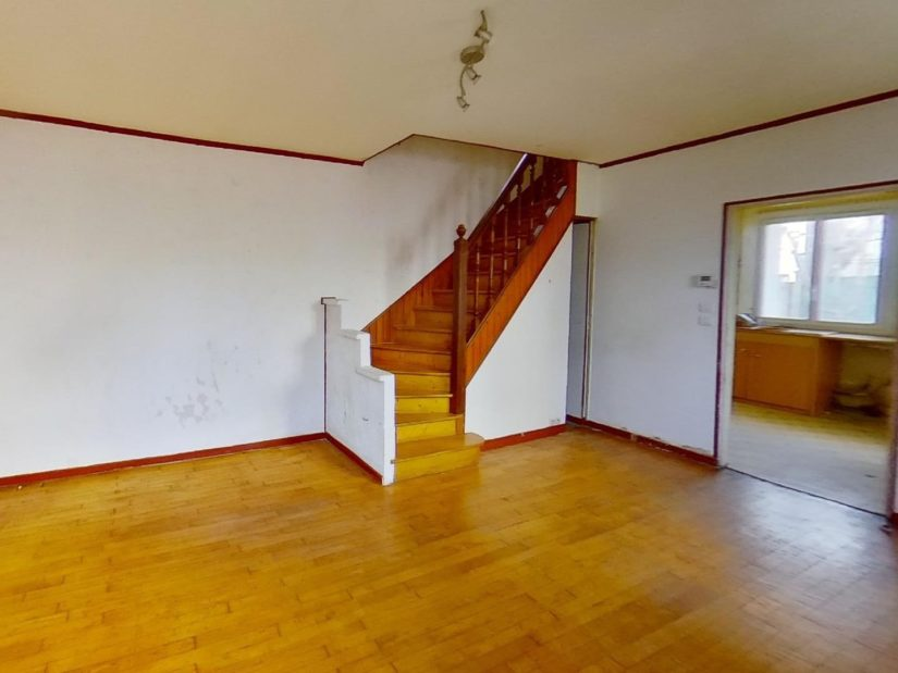 alfortville immobilier: maison 3 pièces 72 m², escalier pour monter à létage