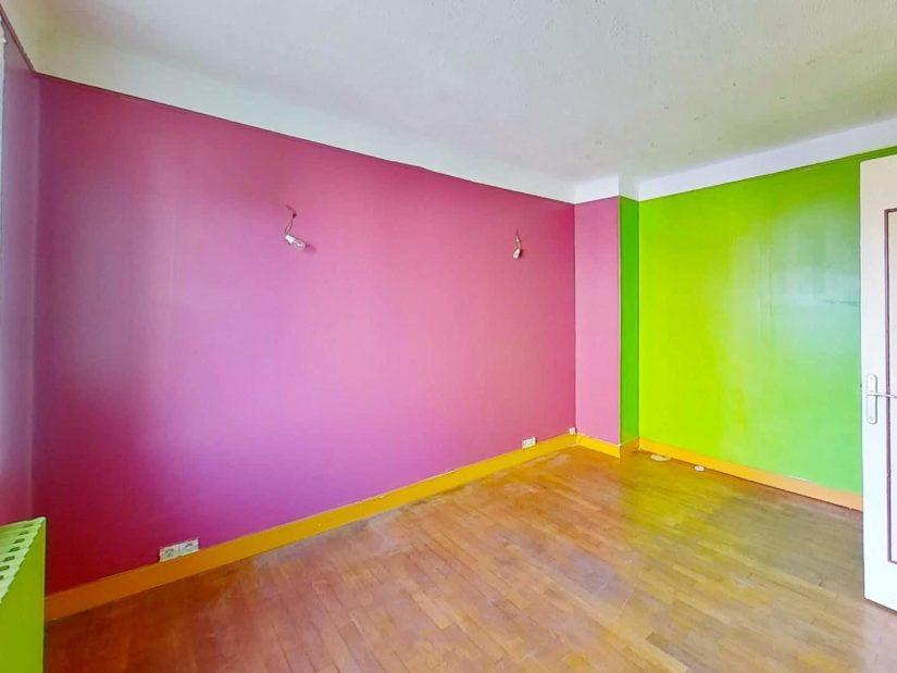 agence immobilière val de marne: maison 3 pièces, 2° chambre spacieuse, parquet au sol