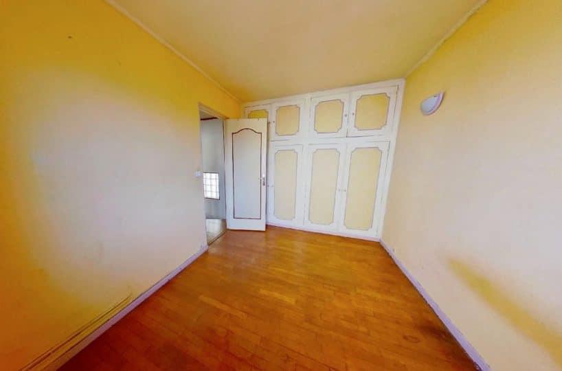vente de pavillon dans le 94: 3 pièces à alfortville, à l'étage: 1° chambre, rangements