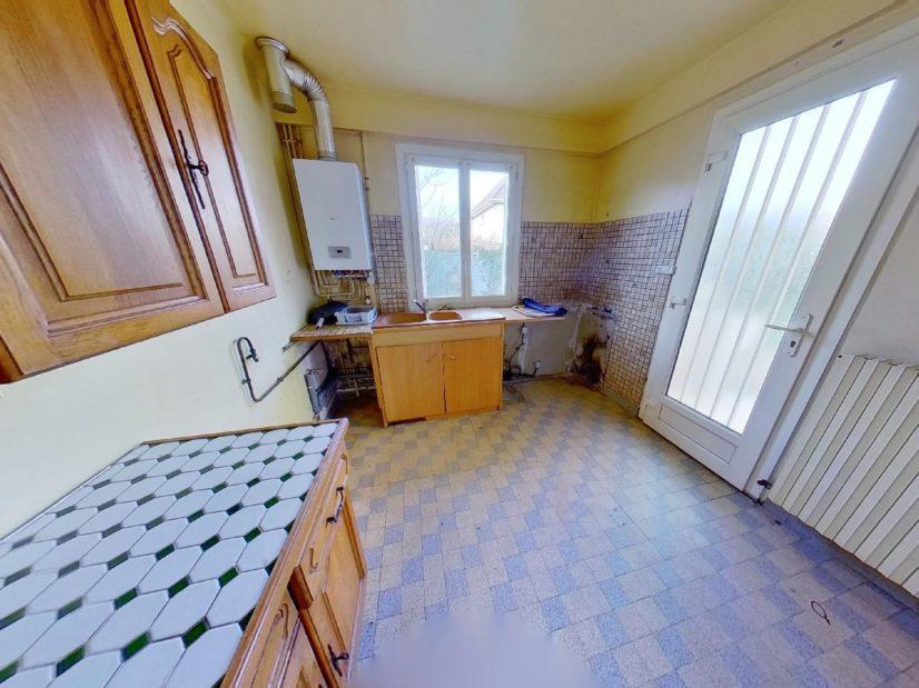 direct immobilier alfortville: maison 3 pièces, cuisine indépendante avec rangements