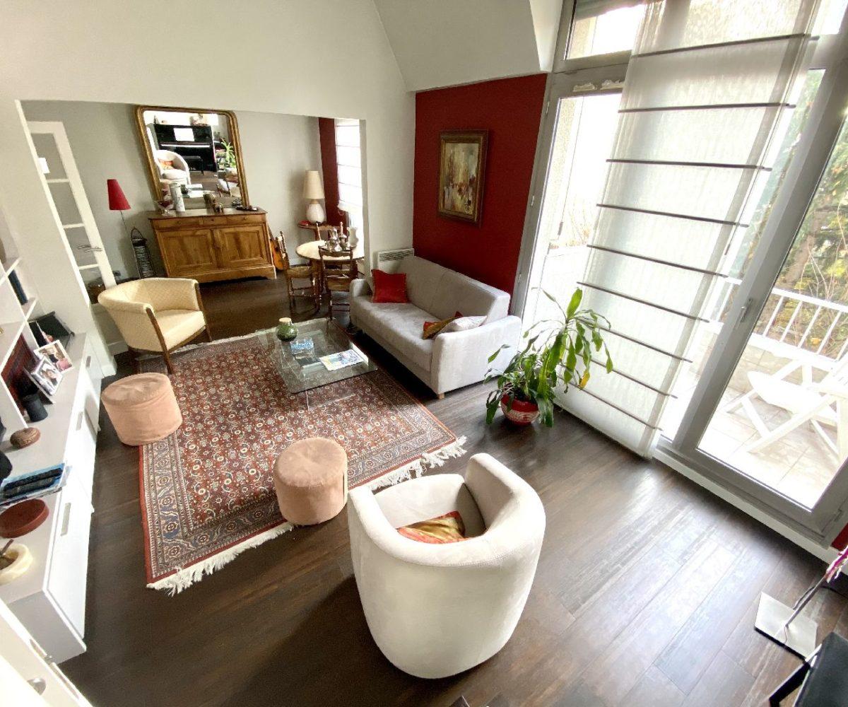 agence immobilière 94: vente appartement 5 pièces 106 m² en duplex, double séjour avec balcon, st maurice