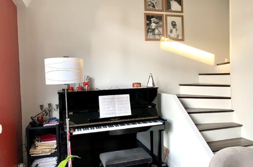 immobilier à vendre: appartement 5 pièces 106 m², bel escalier pour accès chambres