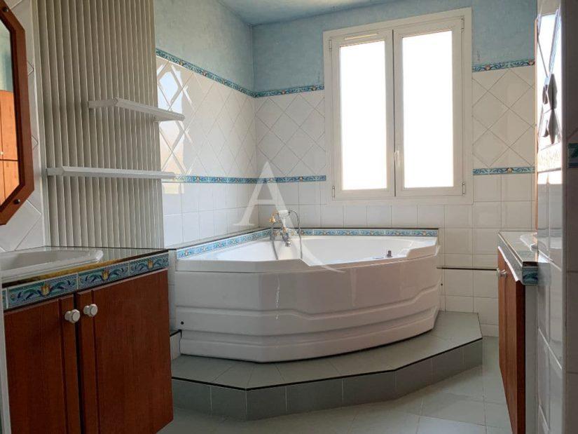 vente maison à alfortville, 125 m², 6 pièces, belle salle de bains avec baignoire