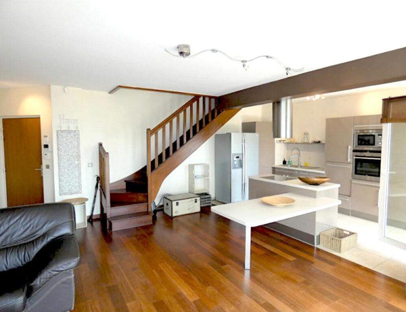agence immo alfortville: 5 pièces 121 m², duplex meublé - cuisine ouverte sur le séjour