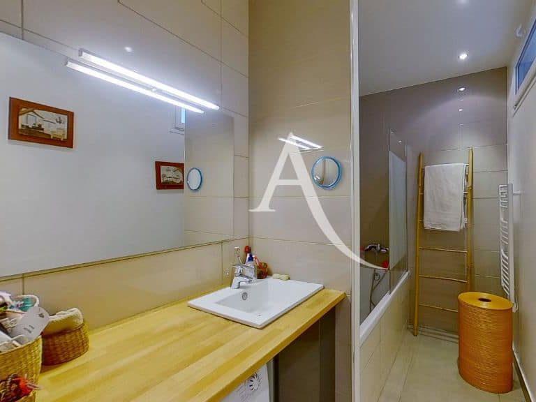 immobilier alfortville: appartement 5 pièces 125 m², première salle de bains au rdc