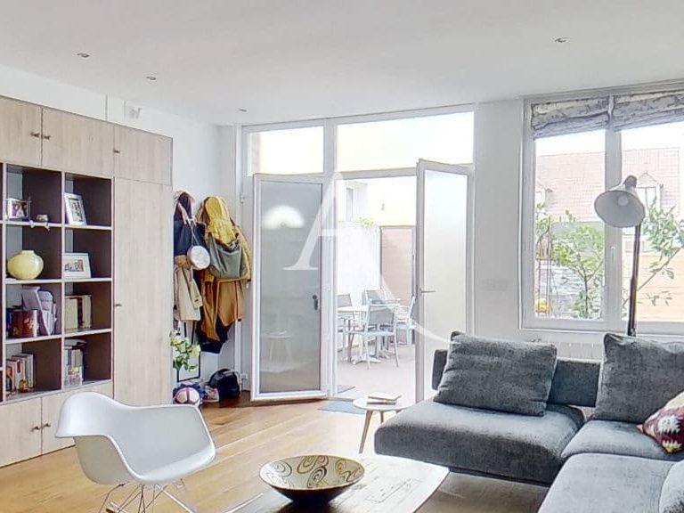 valerie immobilier alfortville: appartement 5 pièces 125 m², pièce à vivre au rdc, vue de la cuisine