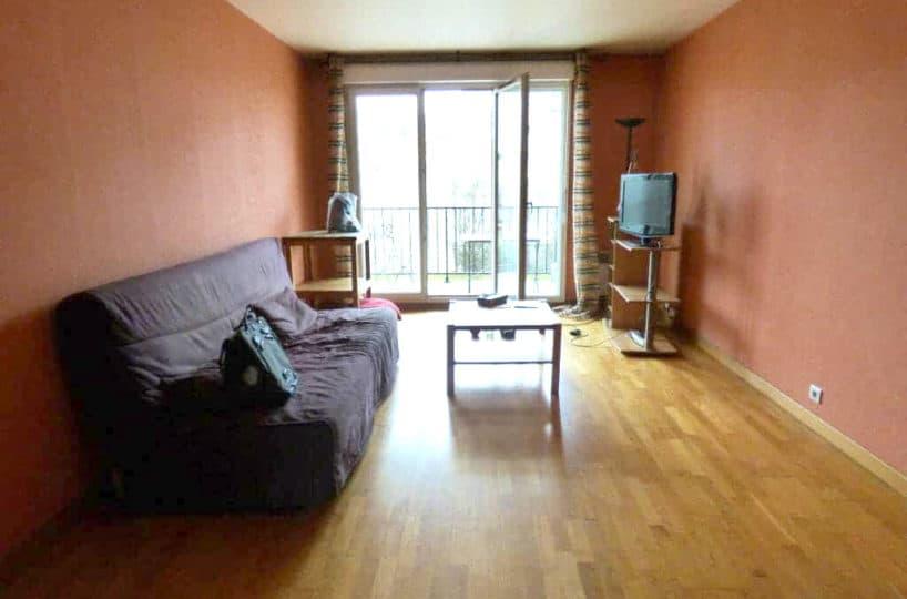 agence immo alfortville: 3 pièces 68 m², pièce à vivre lumineuse ouverte sur le balcon