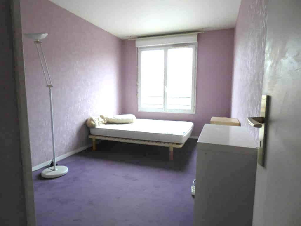louer appartement à alfortville: 3 pièces 68 m², première chambre double avec rangements