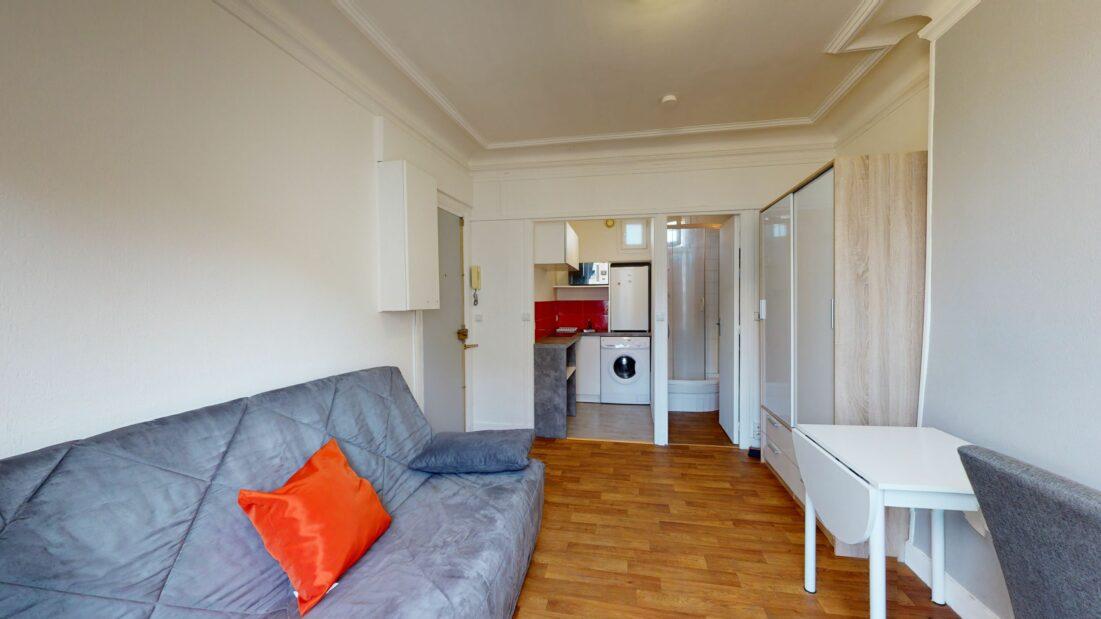 studio a louer alfortville: 17 m², bon état, chauffage et eau chaude individuels électriques