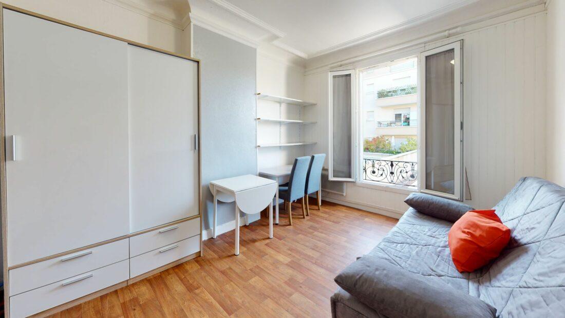 louer studio à alfortville: 17 m², belle pièce principale avec vue dégagée