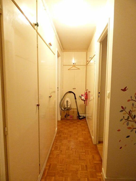 agence immo 94: appartement 3 pièces 66 m², entrée avec armoires/penderies encastrées