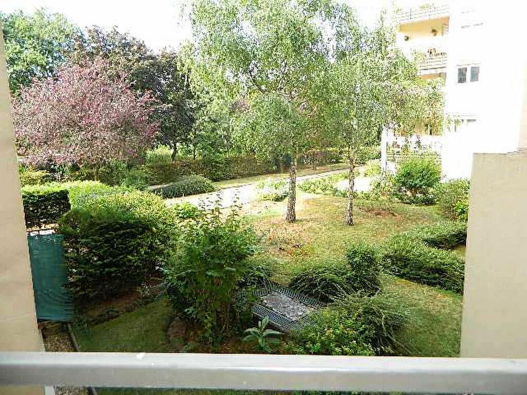 agence immo maisons-alfort: appartement 2 pièces 48 m², balcon, verdure, cave, parking