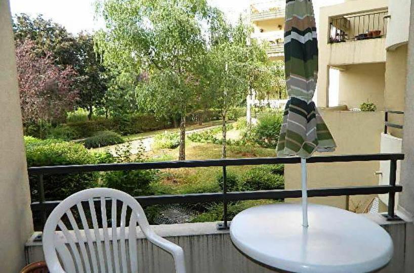 vente appartement maisons alfort: 2 pièces 48 m², balcon avec vue arborée