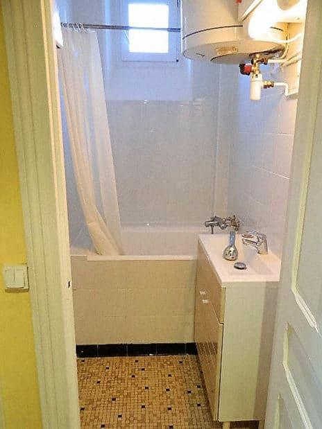 appartement à louer maisons alfort: 4 pièces 72 m², salle de bain carrelée avec douche