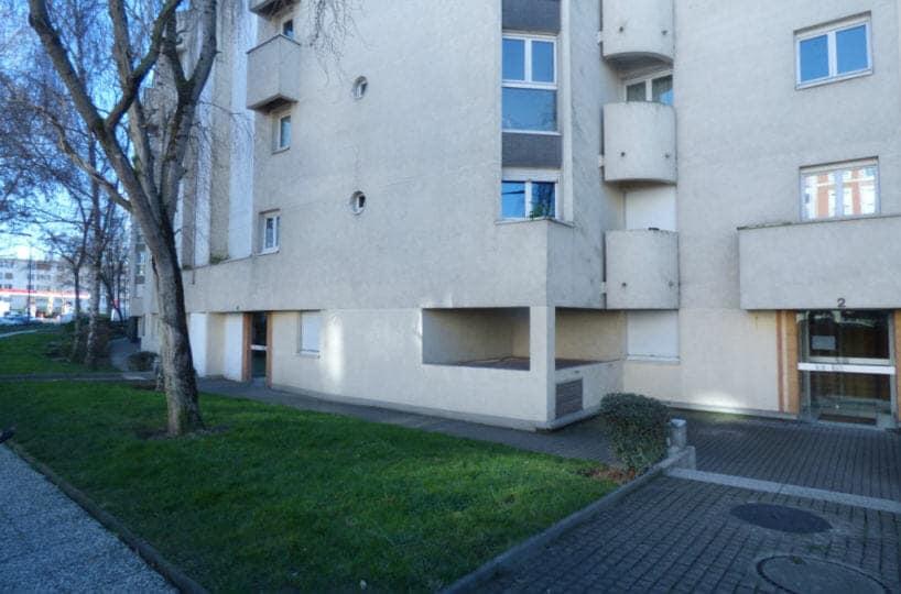 agence immobiliere maisons-alfort: appartement 2 pièces 50 m² à vendre, en plein centre ville dans résidence avec gardien