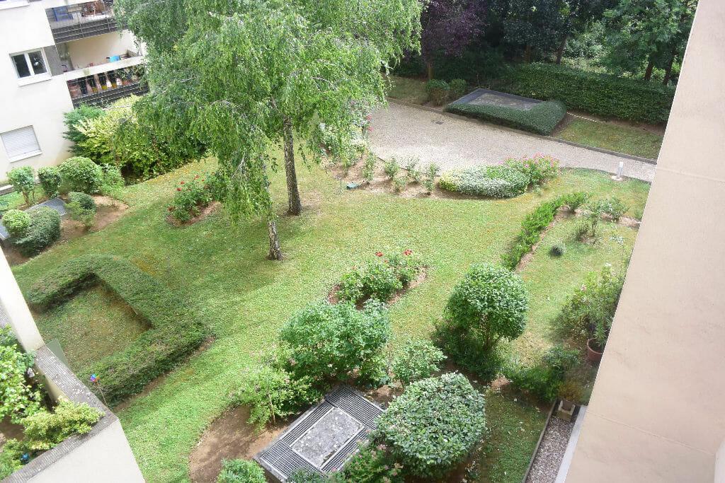 agence immo maisons-alfort: appartement 2 pièces 50 m², balcon donnant sur parc