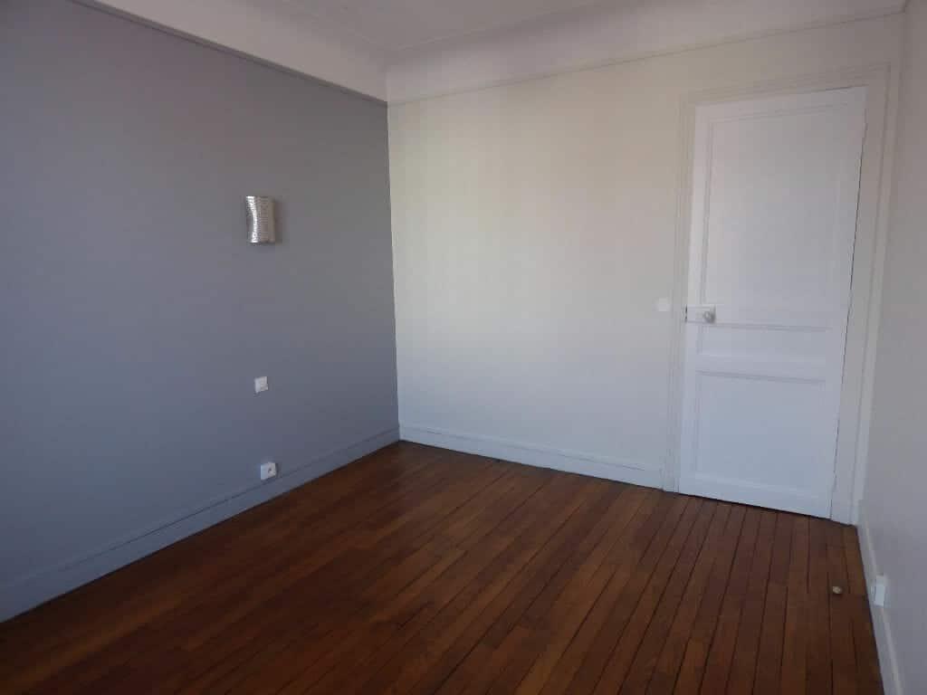 location appartement 94: appartement 2 pièces 40 m², chambre à coucher 12 m²