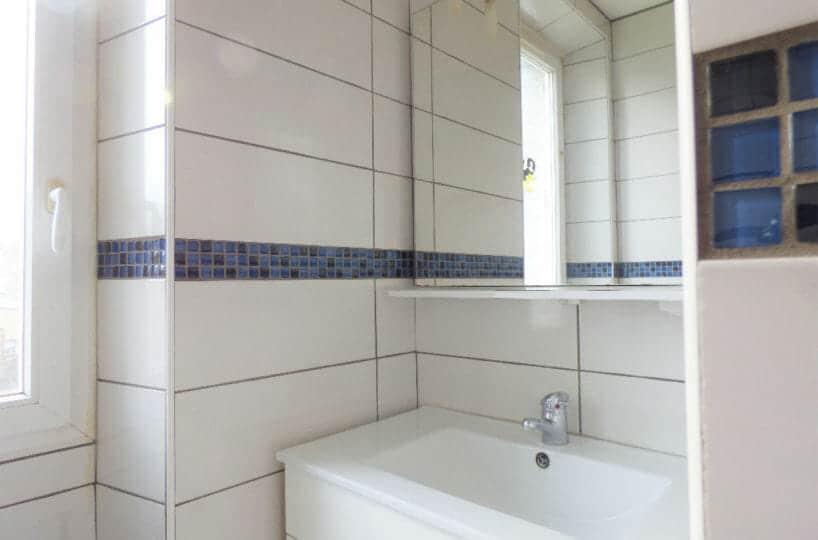 appartement maison alfort: appartement 3 pièces 47 m², salle de bain carrelée