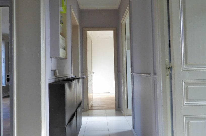 location maisons alfort: maisons alfort, 3 pièces, couloir lumineux, carrelage blanc au sol