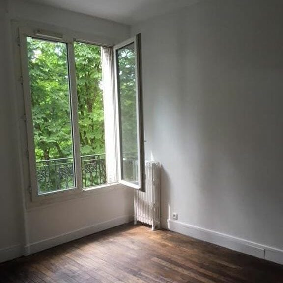 immobilier saint mande: 2 pièces 34 m², pièce à vivre lumineuse sans vis-à-vis