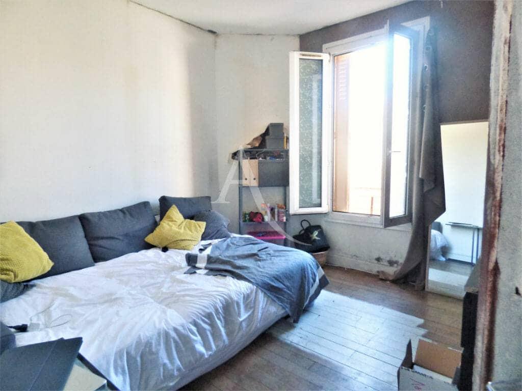 immo maisons alfort: maison 4 pièces 70 m², chambre à coucher lumineuse