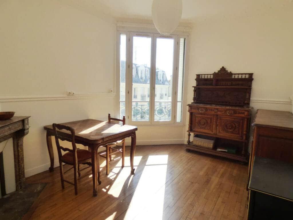 maison alfort appartement: 3 pièces 51 m², séjour meublé lumineux, parquet chêne massif