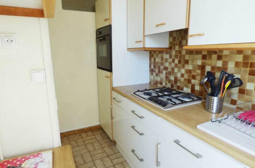 immobilier a louer: 3 pièces meublés 51 m² àmaisons alfort, cuisine aménagée et équipée: plaques, four, rangements
