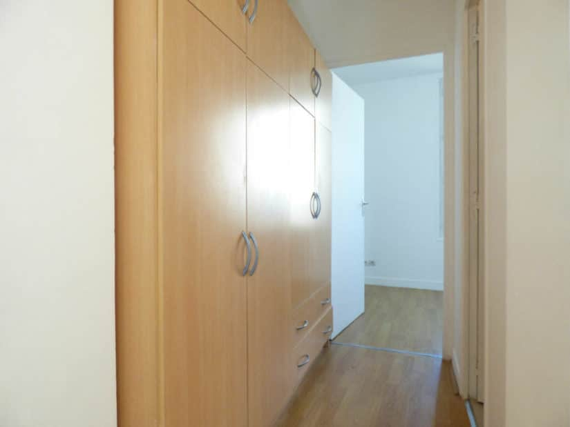 estimation appartement alfortville: 2 pièces, entrée avec rangements, armoire / penderie