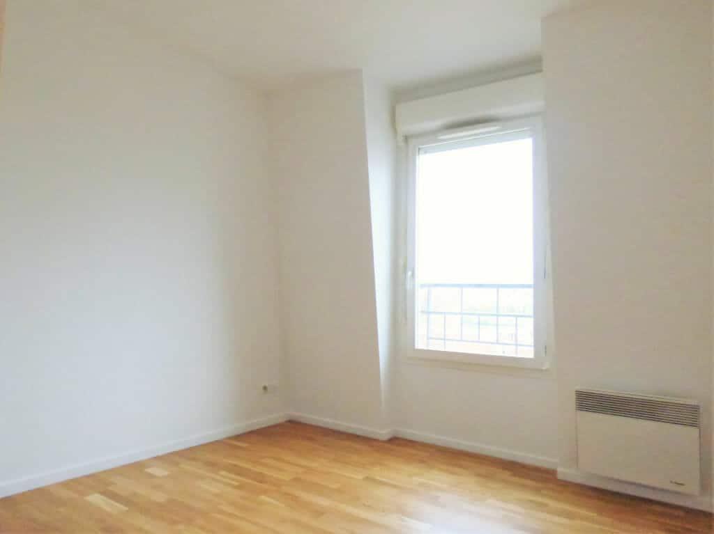 location maisons alfort: 3 pièces 63 m², séjour lumineux, refait à neuf