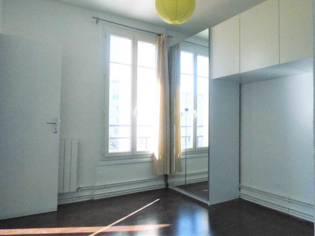 appartement alfortville location: 2 pièces 31 m², chambre lumineuse avec de nombreux rangements