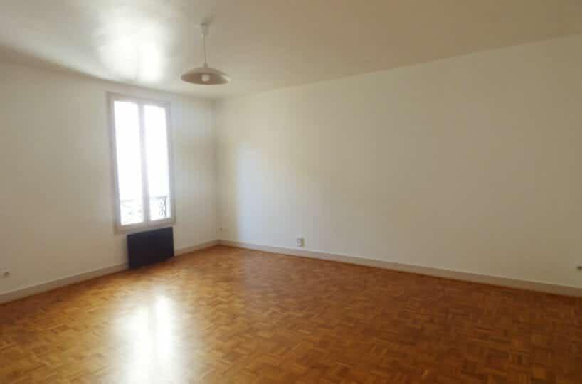 agence location immobiliere: studio 36 m² Maisons-Alfort centre, grande pièce à vivre