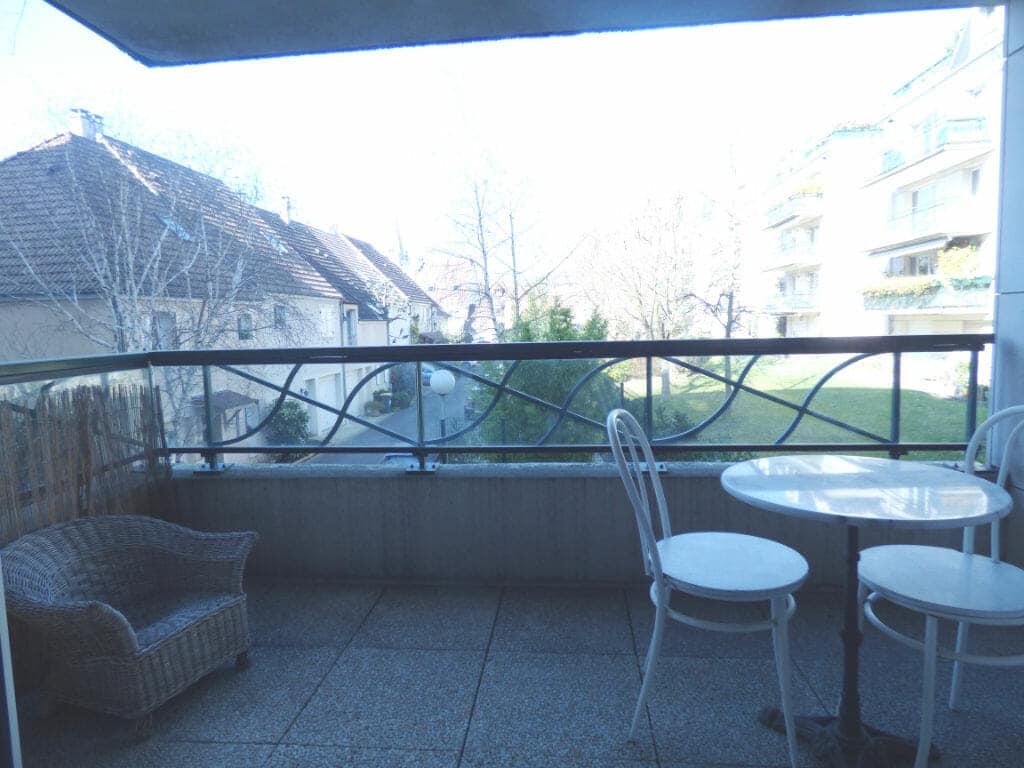appartement maison alfort: 3 pièces 82 m², terrasse de 6 m² avec vue sur parc