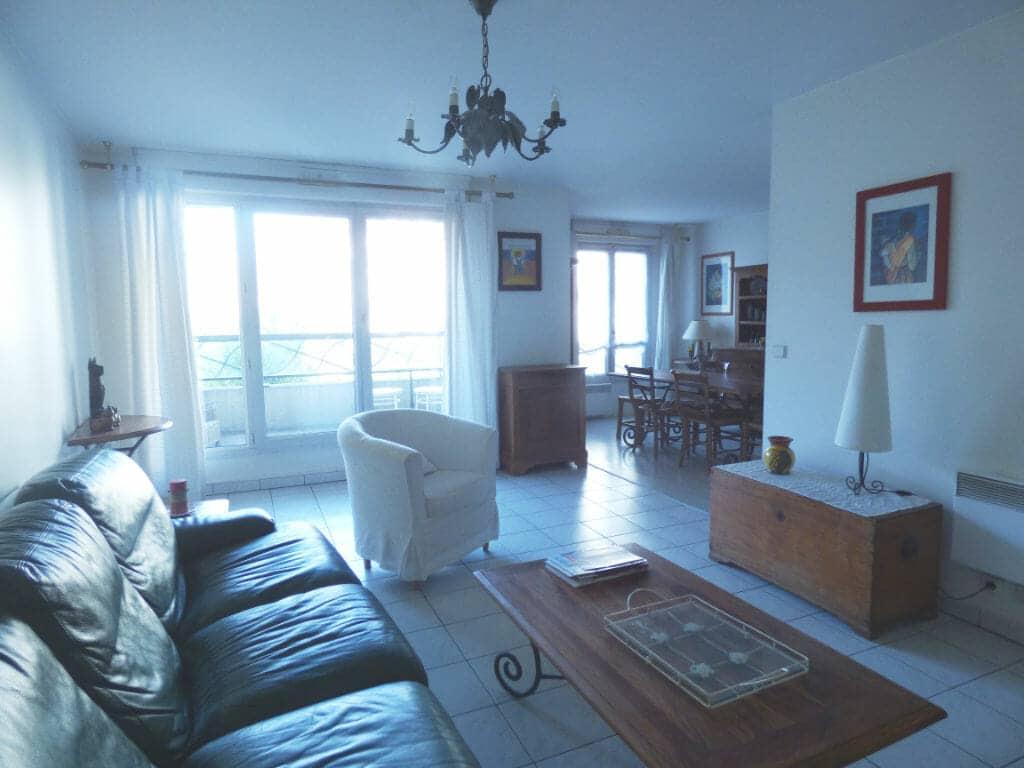 agence immo maisons-alfort: appartement 3 pièces 82 m², double séjour, salon avec balcon de 6 m²