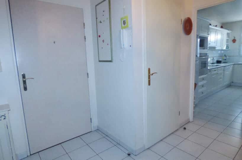 maison alfort appartement: 3 pièces 82 m² à vendre, entrée, résidence calme au 1° étage