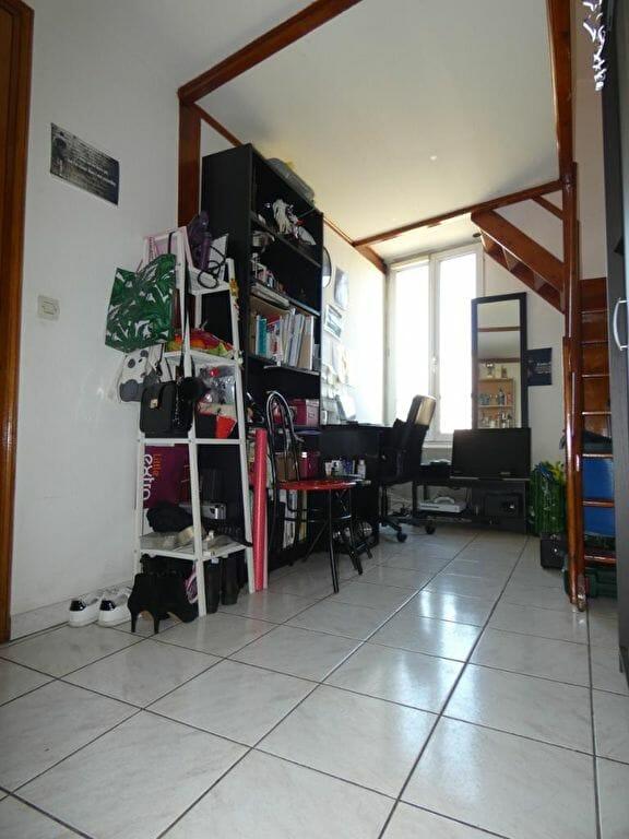 laforêt immobilier - appartement arcueil 2 pièces 19.45 m² et 22.43m² au sol - annonce 2626 - photo Im02