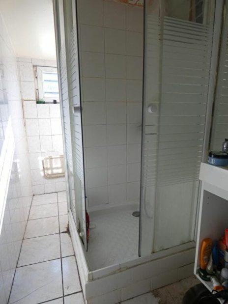 location appartement pas cher val de marne: 2 pièces, salle d'eau avec douche, arcueil