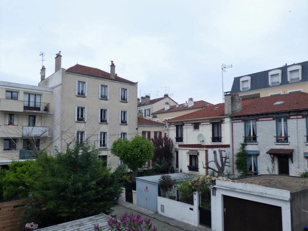 agence immobilière maisons-alfort: appartement 2 pièces 40 m², petit immeuble au grand calme, 1° et dernier étage